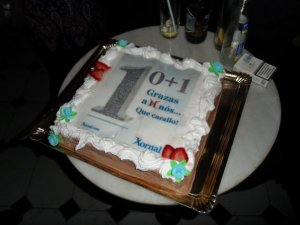 Tarta del primer aniversario de Xornal de Galicia y décimo de Xornal.com