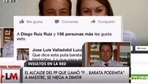 El alcalde de Villares del Saz, José Luis Valladolid, junto con De Cospedal y su comentario en Facebook